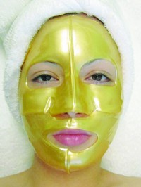 Martinni 24 K Gold Collagen Mask 3.17 oz. (1 pc) Photo